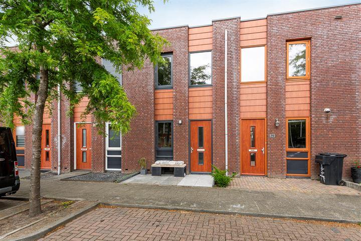 Opper Van Treurenstraat 22