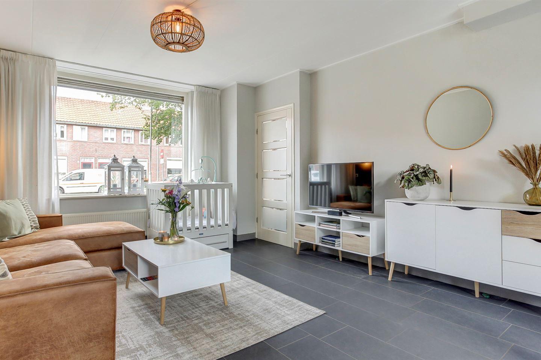 Bekijk foto 3 van Constantijn Huygensstraat 18