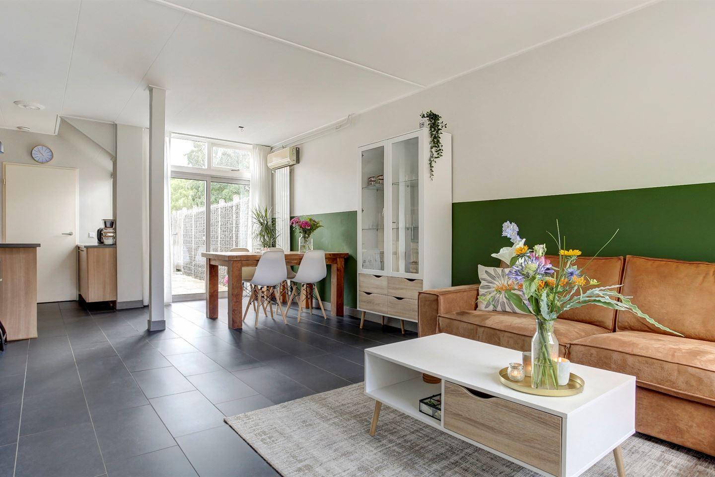 Bekijk foto 4 van Constantijn Huygensstraat 18
