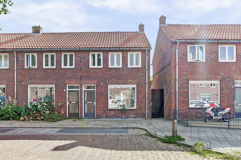 Bekijk foto 1 van Constantijn Huygensstraat 18