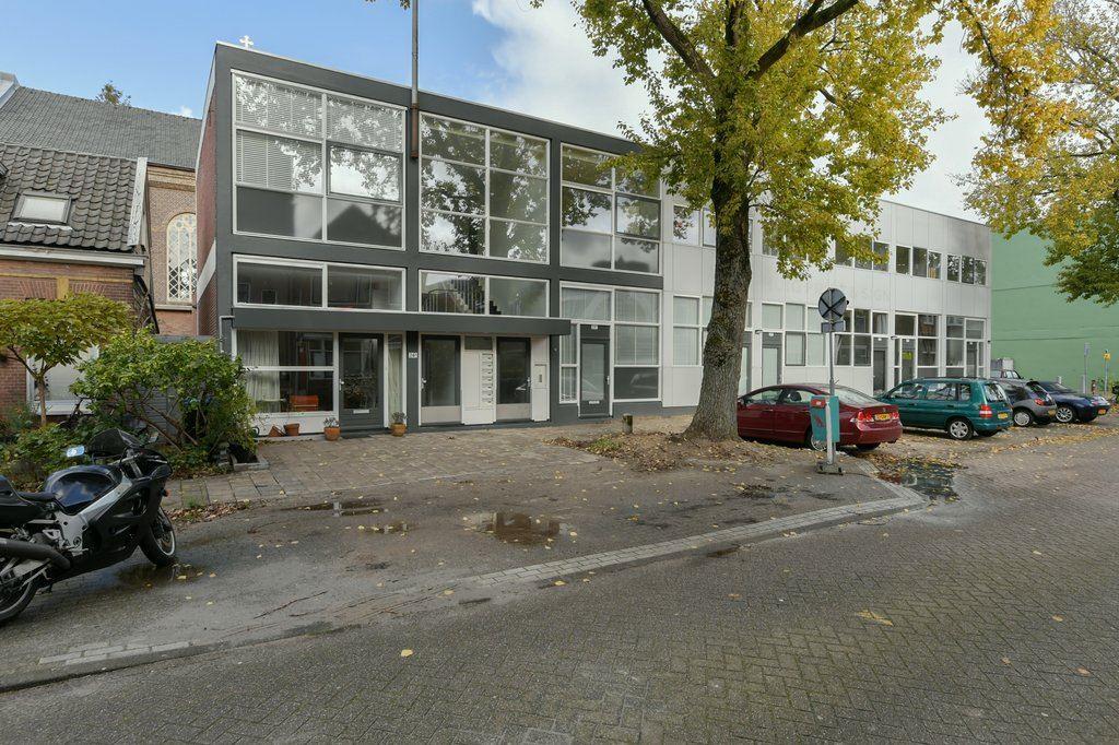 Bekijk foto 1 van Zeemansstraat 24 D
