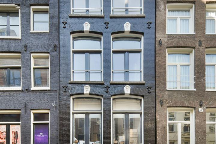 Nieuwezijds Voorburgwal 251