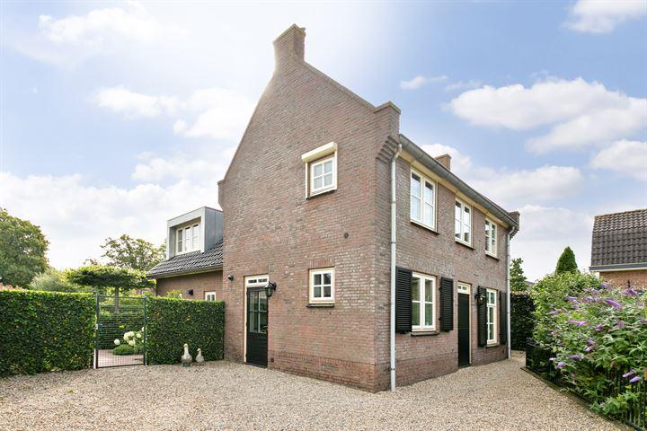 Steenweg 38