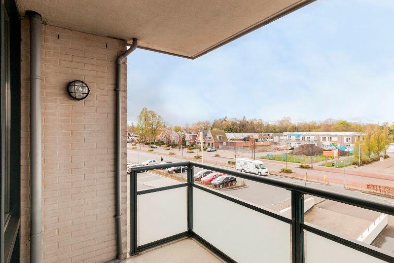Bekijk foto 5 van Stationsweg 212