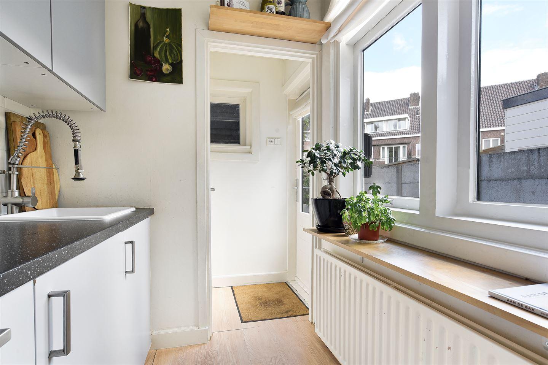 Bekijk foto 3 van Hooftstraat 17