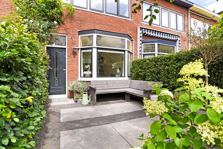 Bekijk foto 1 van Hooftstraat 17