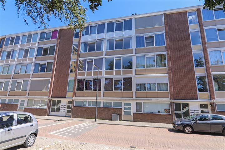 Hugo de Vriesstraat 38