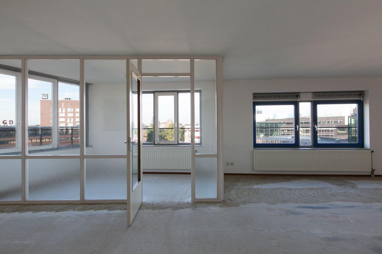 View photo 4 of Hanzeplein 67