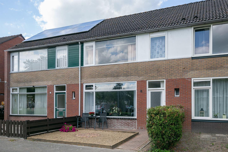 View photo 2 of Lekstraat 5