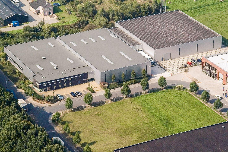 Bekijk foto 3 van Van Rensselaerweg 16 16a