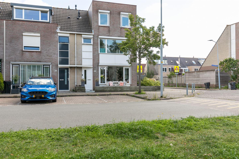 Bekijk foto 2 van Schoonenburgsingel 100