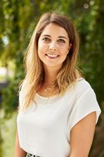 Amber Rijneveldshoek (Sales employee)