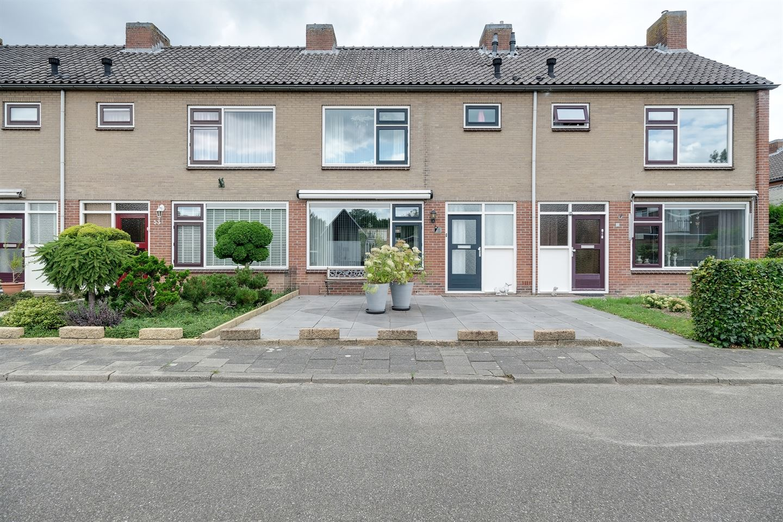 View photo 1 of Rozenstraat 55