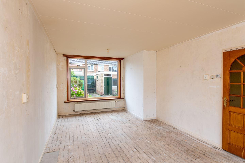 View photo 2 of De Peereboomstraat 18