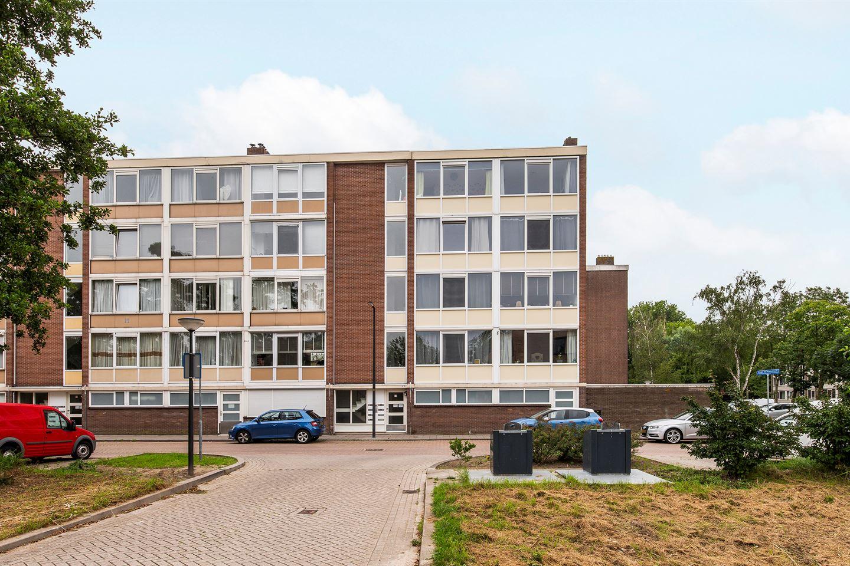 Bekijk foto 2 van Hugo de Vriesstraat 8
