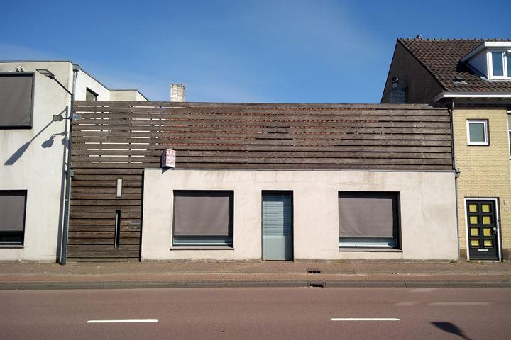 Sint Bavostraat 13, Rijsbergen