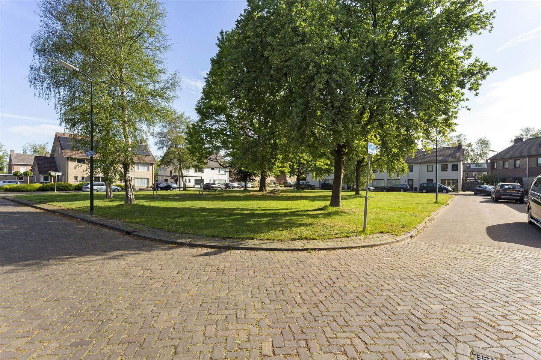 Bekijk foto 5 van Mgr. Poelsstraat 20