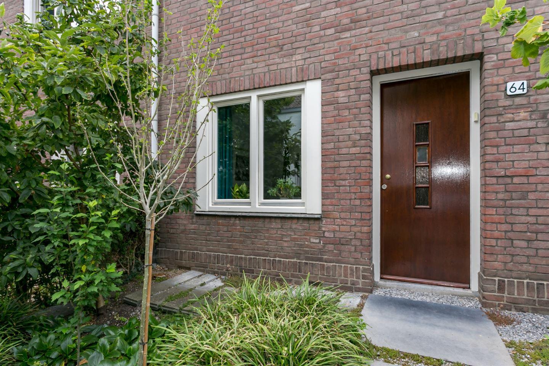 Bekijk foto 4 van Jekerstraat 64