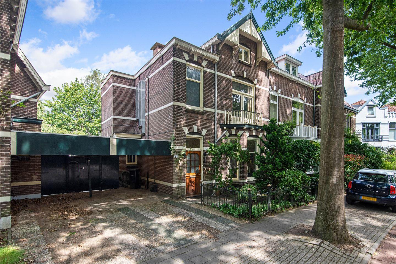 View photo 1 of Koninginneweg 67