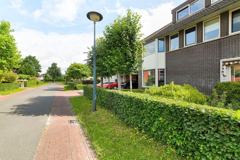 Bekijk foto 2 van Steenhuislaan 10