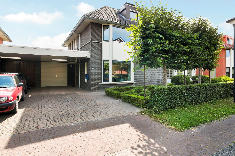 Bekijk foto 3 van Steenhuislaan 10