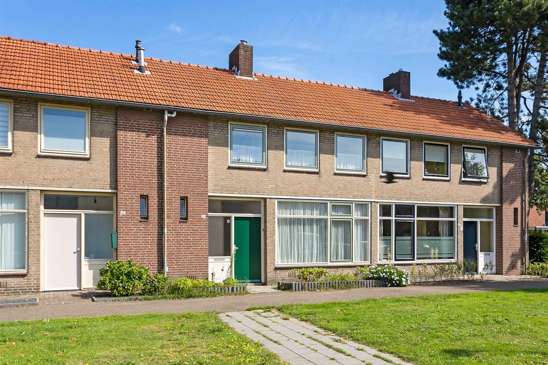 Bekijk foto 1 van Amstelstraat 20