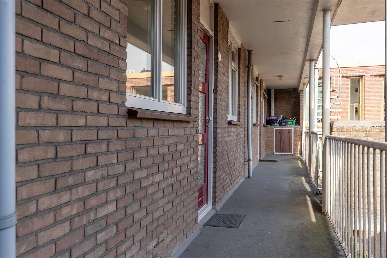 Bekijk foto 2 van Vlasstraat 12
