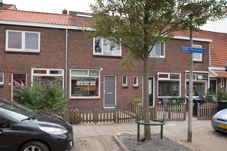 Bekijk foto 2 van Jan Philipsweg 45