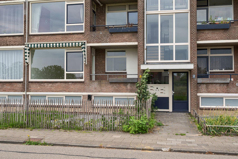 Bekijk foto 2 van Jan van Riebeeckstraat 104
