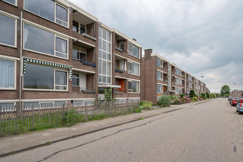 Bekijk foto 3 van Jan van Riebeeckstraat 104