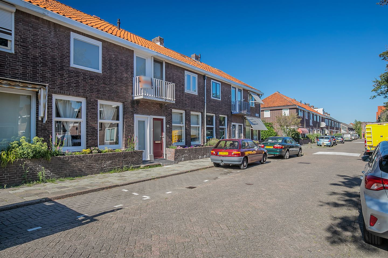 Bekijk foto 2 van Eerste Hieronymus van Alphenstraat 21