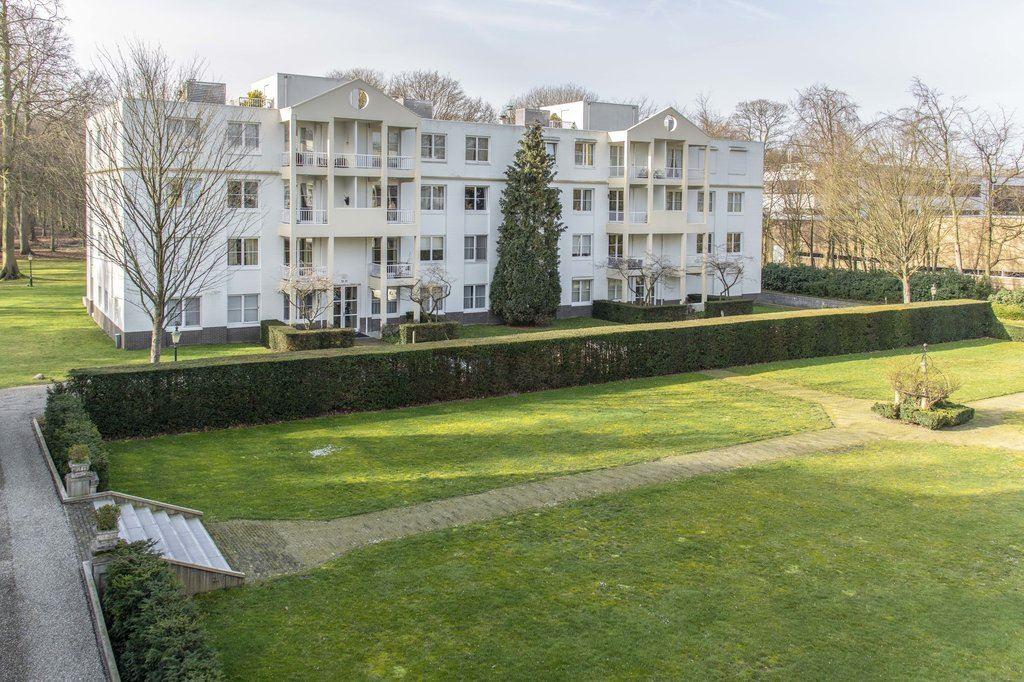 Bekijk foto 1 van Landgoed Backershagen 18