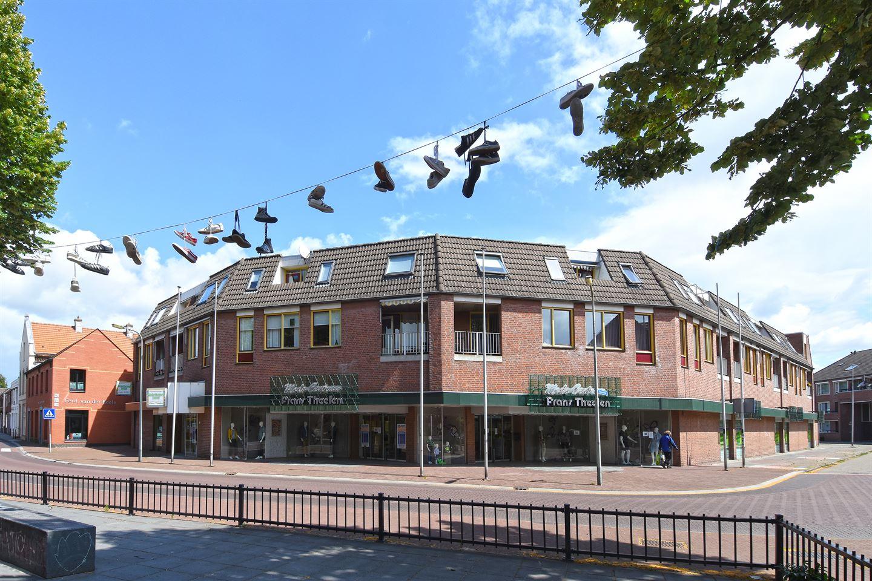 Bekijk foto 1 van St. Lambertusplein 12