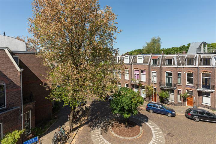 Frederik Hendrikstraat 8