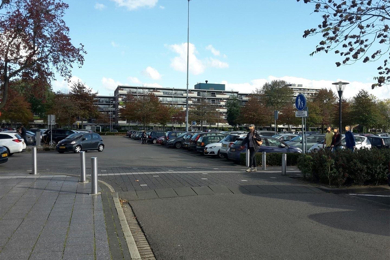 Bekijk foto 5 van Winkelcentrum Woensel 40 a