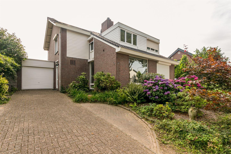 Bekijk foto 1 van Leyenbroekerweg 144