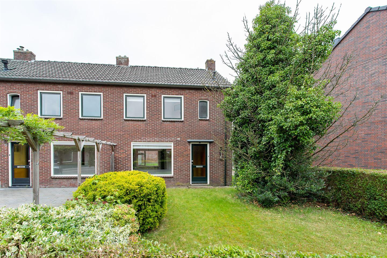 Bekijk foto 1 van Huurnestraat 60