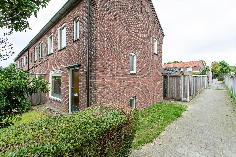 Bekijk foto 2 van Huurnestraat 60