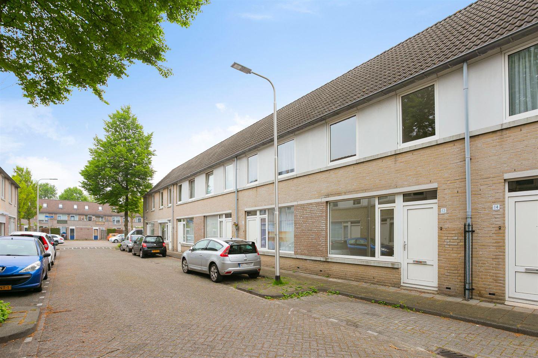 Bekijk foto 3 van Albert Baestenstraat 12