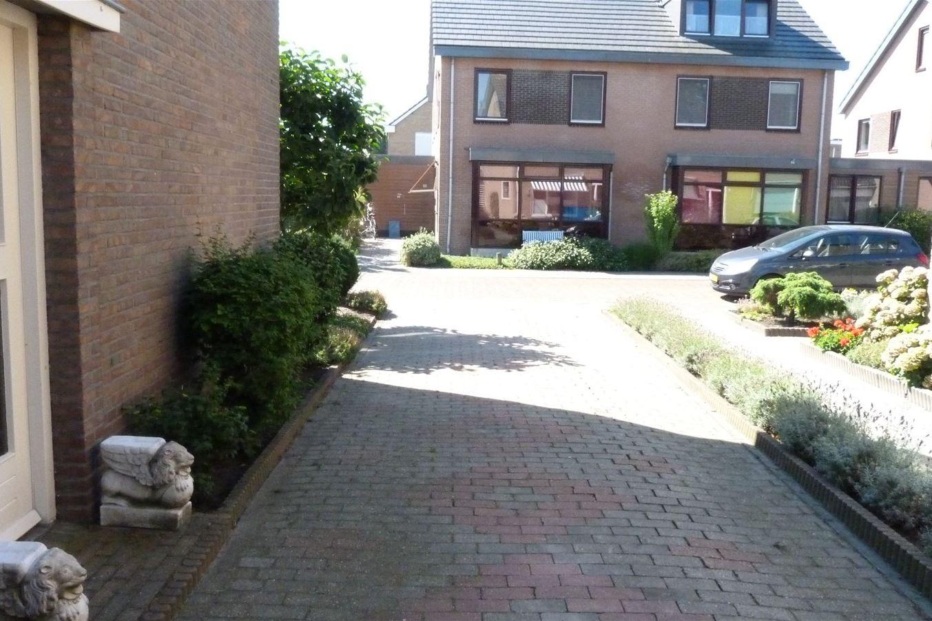 Bekijk foto 5 van Schoolstraat 15