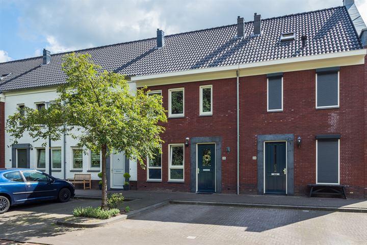 Buitenhof 26