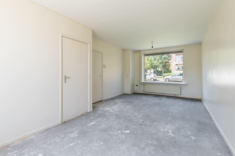 Bekijk foto 3 van De Ruyterstraat 18
