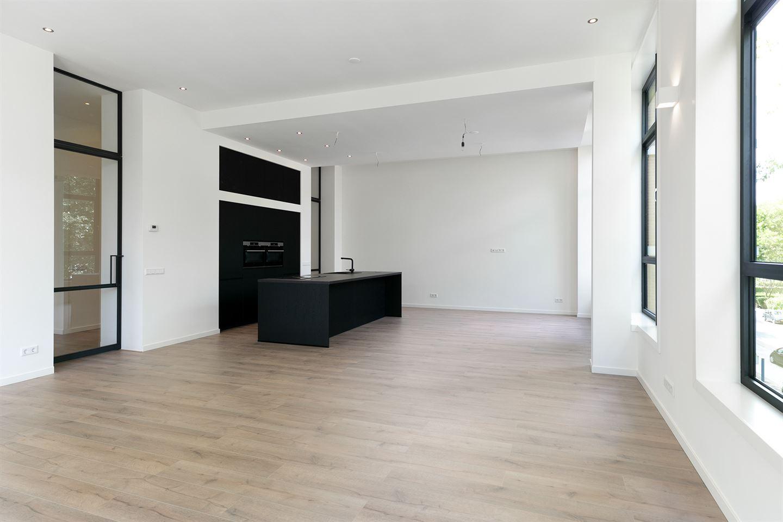 Bekijk foto 2 van Komijnhof 3
