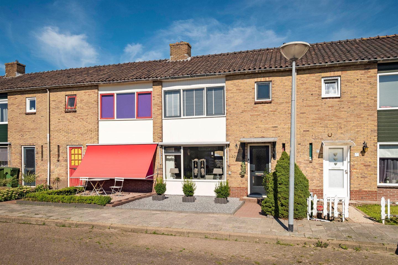 Bekijk foto 4 van Nicolaas Beetsstraat 10