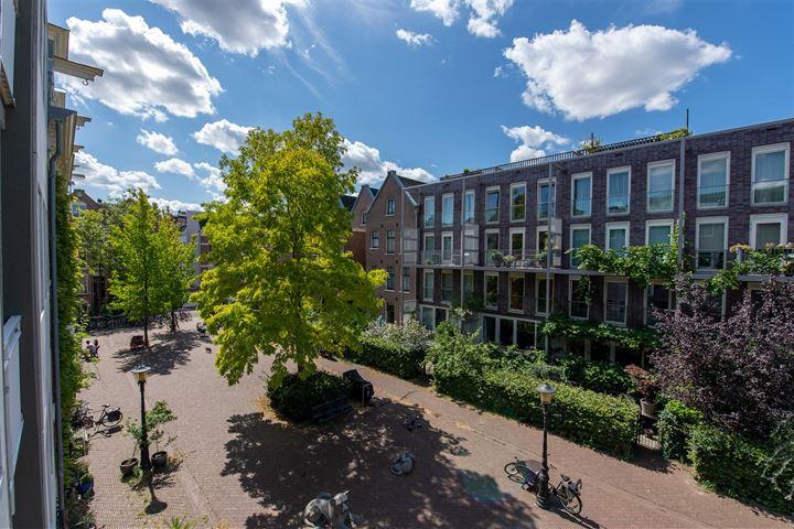 Leeuwenhoekstraat 13