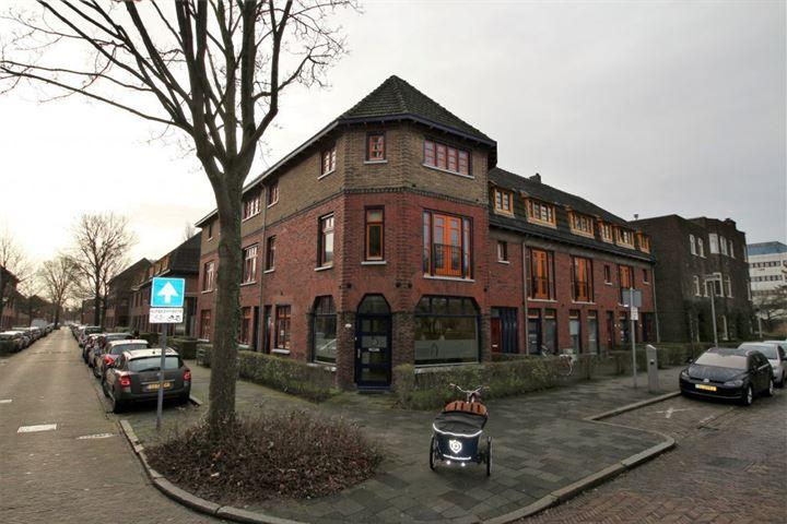 Gerbrand Bakkerstraat 50 a