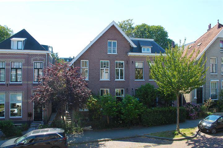 Burgemeester Weertsstraat 45