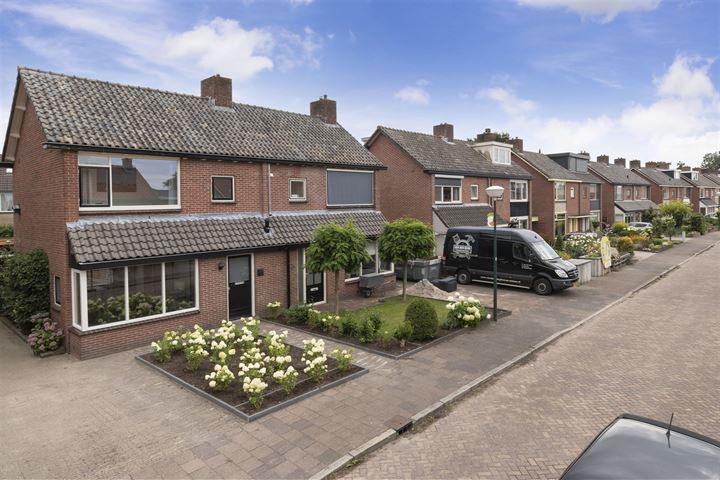 Hendrik van Viandenstraat 28