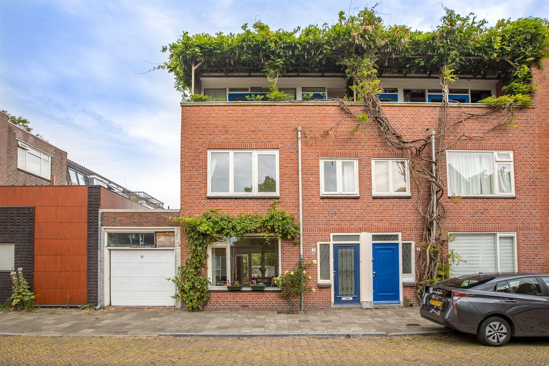 Bekijk foto 1 van J.D. van der Waalsstraat 3