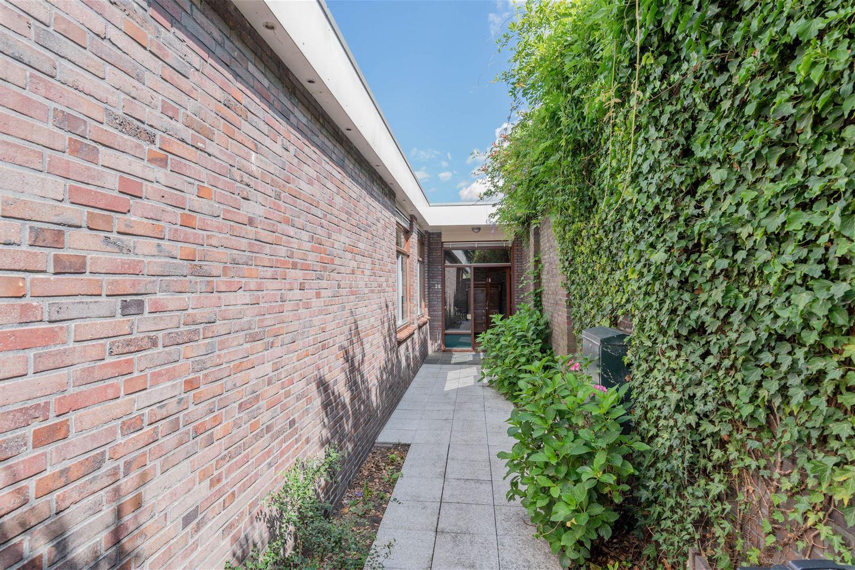 Bekijk foto 3 van C.van Drosthagenstraat 26